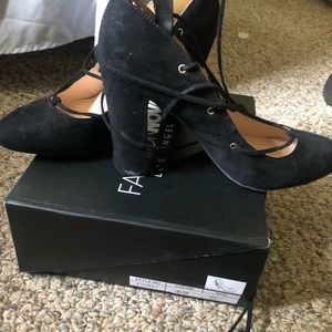 Lace up block heel